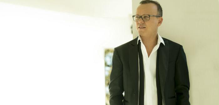 Gigi D'Alessio venerdì 7 aprile al Forum Palermo per firmare le copie del suo ultimo album