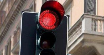 Sottoscritto contratto per l'ammodernamento di 187 semafori cittadini