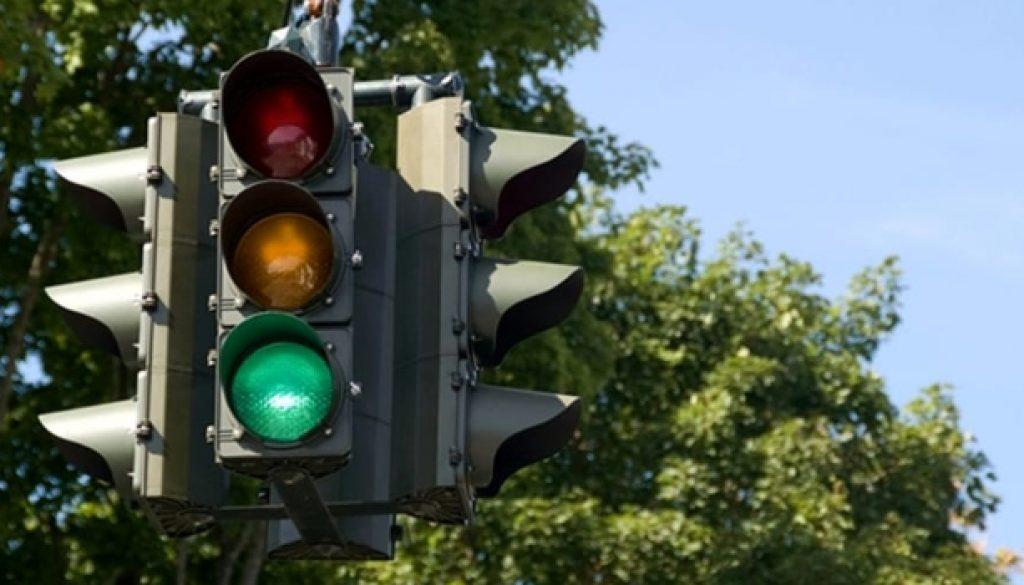 semaforo-intelligente-2