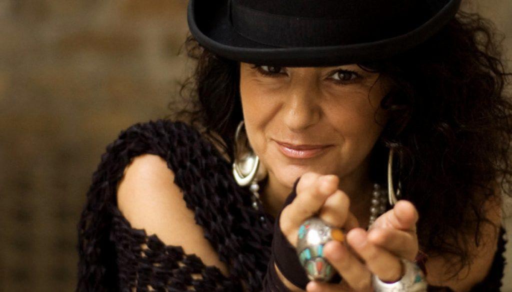 Aida Satta Flores 2(1)